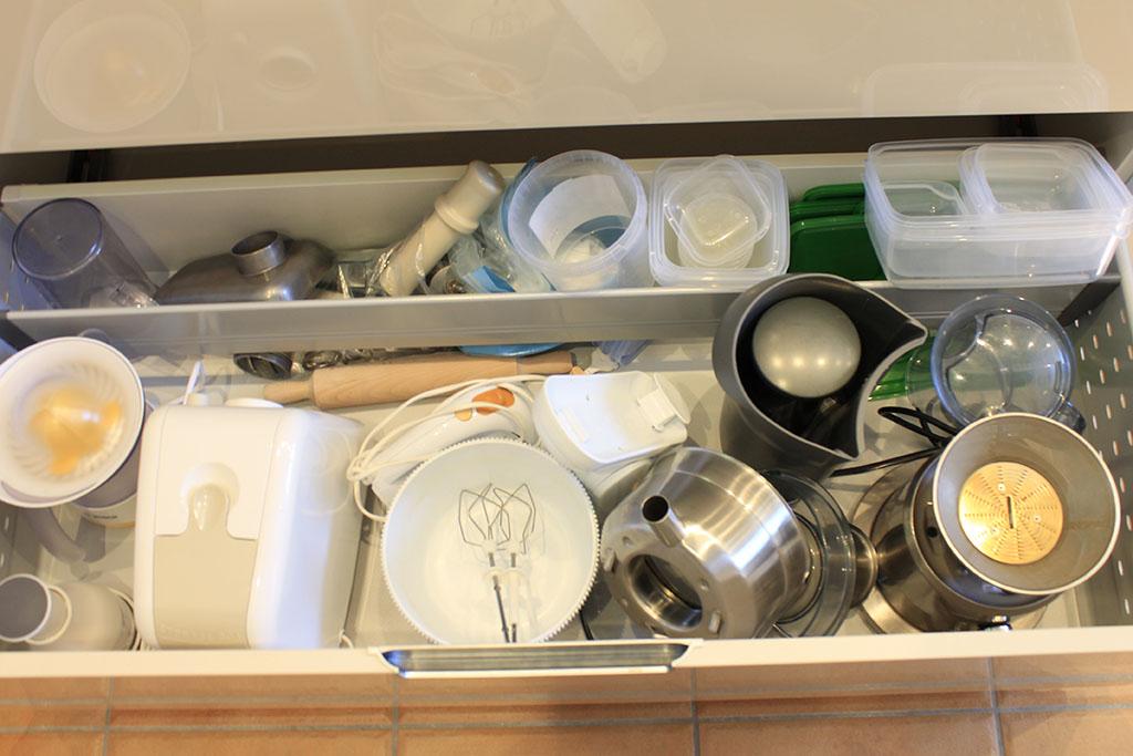 Mueble de cocina a medida altea alfainteriorismo for Superficie cocina